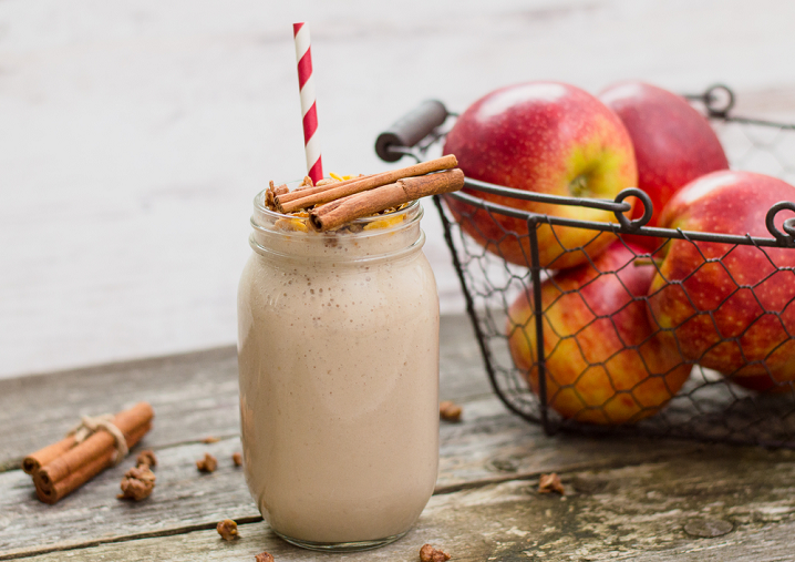 Apple Muesli Smoothie Recipe